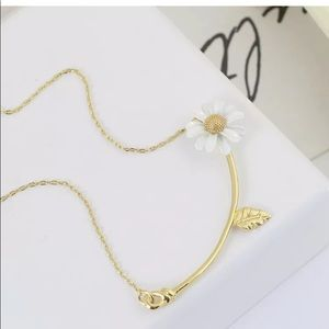 Kate Spade Into The Bloom Daisy Gold Necklace